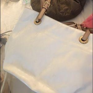 Michael Kors white patent shoulder bag/purse